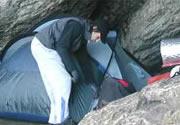 Campings y campamento. Carpas, mochilas, camping